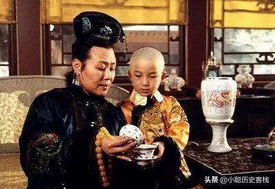 康熙八岁登基,还是个孩童,为何孝庄太后不选择垂帘听政?