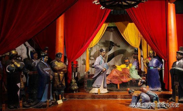 刘备既将兵权交给了李严,为何统兵北伐却是诸葛亮?